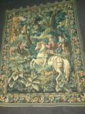 Superbă tapiserie antica de dimensiuni impresionante lucrata integral manual