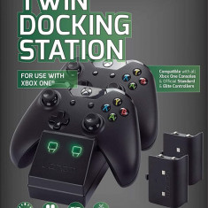 Statie Incarcare Venom Twin Rechargeable Battery Docking Station Xbox 360