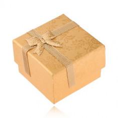 Cutiuță de cadou aurie pentru inel cu panglică și fundă, trandafiri aurii