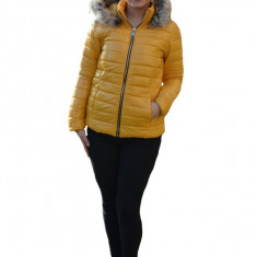 Jacheta casual Anca,scurta,model luicios,nuanta de galben