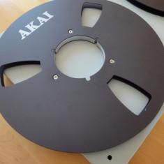 Rola metal 26,5 cm NAB, NEAGRA, cu logo AKAI, cutie plastic Revox, excelenta