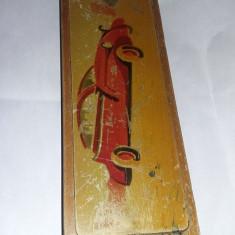 Penar vechi lemn perioada Comunista/Ceausista/Pionier,desen MASINA EPOCA,T.GRATU