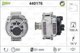 Cumpara ieftin Alternator (14V, 180A) MERCEDES SPRINTER 3,5-T (906), SPRINTER 3-T (906), SPRINTER 4,6-T (906), SPRINTER 5-T (906), VIANO (W639), VITO MIXTO (W639), V, Valeo