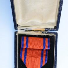 Ordinul/ Decoratia Steaua Romaniei, Cavaler de razboi la cutie
