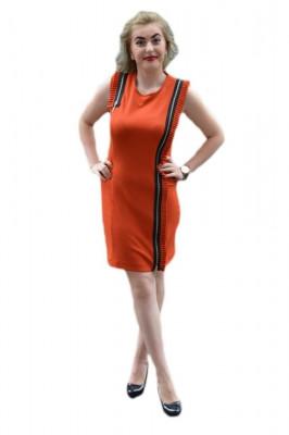 Rochie sexi, de culoare portocalie,cu fermuare aurii foto