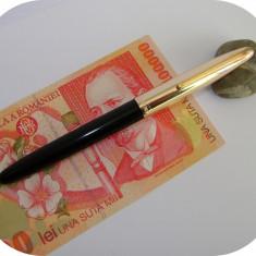 Stilou HERO 329_vintage_negru cu capac auriu