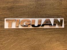 Emblema logo sigla Volskwagen Tiguan foto