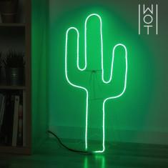 Cactus LED cu sevalet Wagon Trend
