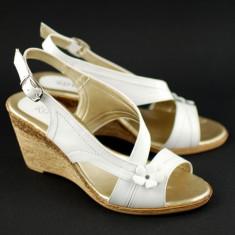 Sandale albe dama, din piele naturala cu platforma - S10A