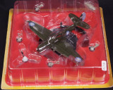 Macheta avion Curtiss P-40 Warhawk USA  IXO scara 1:72