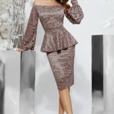 Rochie din dantelă