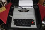 Masina de scris electrica Underwood 650