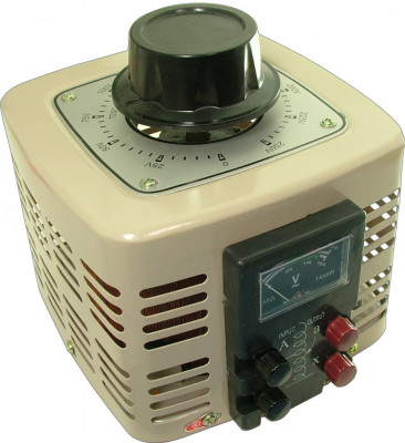 Autotransformator monofazic, 220V - 0...250V - 1.000W, voltmetru analogic foto