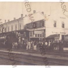 5167 - CRAIOVA, Railway Station, Romania - old postcard, real PHOTO - unused