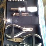 Mini trusa electrician