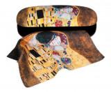 Cumpara ieftin Etui cu textil si protectie ochelari, Klimt Sarutul