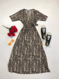 Rochie lunga casual de vara confortabila maro cu imprimeu snake