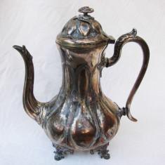 Impresionant ceainic argintat sfarsit de secol 19, stil Rococo