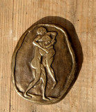 Placheta veche greceasca din bronz, scena de lupta