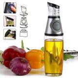 Cumpara ieftin Dispenser din sticla pentru ulei si otet Press and Measure