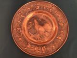 Farfurie franceza din cupru,tema vanatoreasca ,cu fazan in basorelief