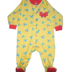 Salopeta / Pijama bebe cu fluturasi Z05, 1-2 ani, 1-3 luni, 12-18 luni, 3-6 luni, 6-9 luni, 9-12 luni, Galben