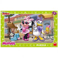 Puzzle Minnie si Daisy la Paris 15 Piese