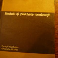 G.Buzdugan -Medalii si Plachete Romanesti -Ed. Stiintifica 1971 , 291 pag - Rara