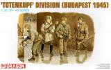 + Macheta 1/35 Dragon 6095 - Totenkopf Division (Budapest 1945) +
