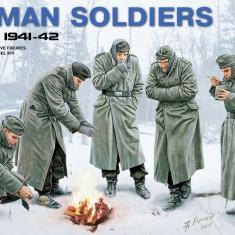 1:35 German Soldiers (Winter 1941-42) - 5 figures 1:35