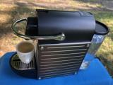 Espressor de cafea,aparat presso Krups Nespresso,cu capsule