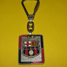 Breloc (vechi-anii`70) metalic fotbal - FC BARCELONA (Spania)