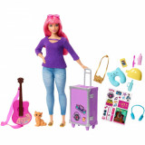 Papusa Barbie Travel, Daisy cu accesorii de calatorie