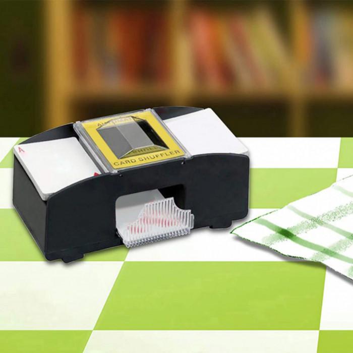 Aparat automat de amestecat cărți de joc cu funcționare pe baterii