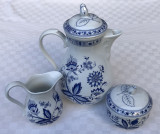 Cumpara ieftin Set de trei piese, zaharnita, letiera si ceainic din portelan german