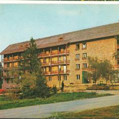 CPI B 11928 CARTE POSTALA - POIANA BRASOV. HOTEL SPORT (ARIPA NOUA), Circulata, Fotografie