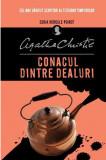 Conacul dintre dealuri | Agatha Christie, Litera