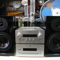 Sistem audio YAMAHA R-840+CD640+boxe NS-BP300(CD-ul cere un meserias)