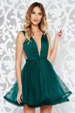 Rochie Ana Radu verde-inchis de lux in clos captusita pe interior cu decolteu accesorizata cu cordon cu tul