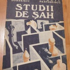Studii de sah de Emilian Dobrescu