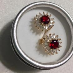 Cercei clips americani cu cristale, placati aur