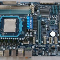 Kit Placa de baza GIGABYTE GA-MA770T-UD3 + Athlon II X2 220 + cooler, Pentru AMD, AM3, DDR 3