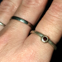 inel argint 925 delicat CU GRANAT NATURAL