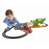 Thomas and Friends - Dragon Escape Set, Mattel