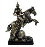 Cumpara ieftin Statueta Cavaler Medieval cu sulita