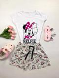Pijama dama ieftina bumbac cu pantaloni scurti gri si tricou alb cu imprimeu MM Selfie