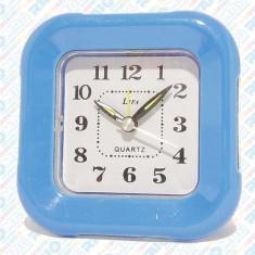 Ceas cu alarmă și iluminare, diverse modele și culori