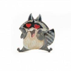 Brosa Lemn Raccoon IN LOVE