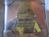 pusculita veche fara cheita si usita demontata vitrina