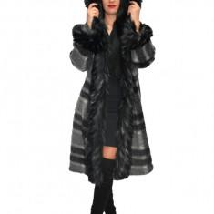 Jacheta nuanta gri,din lana cu captusala subtire